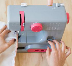 janome graceful gray sewing machine reviews